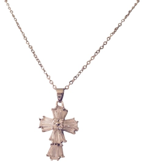 Preload https://img-static.tradesy.com/item/4969960/clearsilver-embellished-by-leecia-necklace-0-0-540-540.jpg