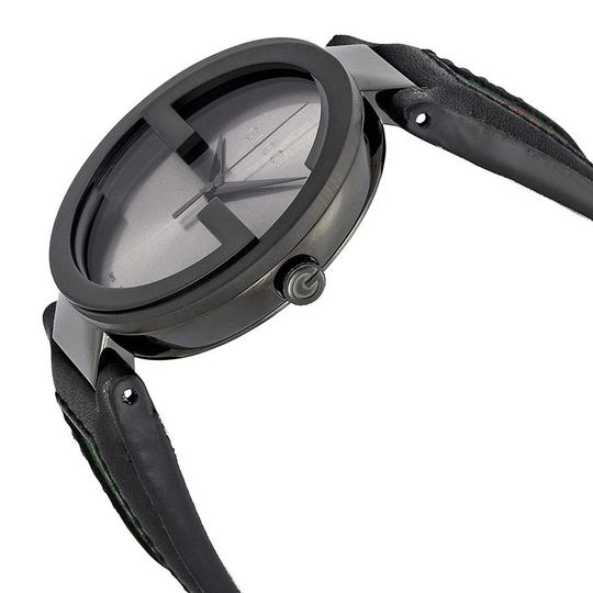 Gucci Black Dial Logo Black Leather Strap Dress Designer Mens Watch