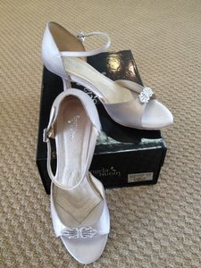 Angela Nuran Champagne Astoria Lo Formal Size US 9