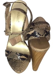 ShoeDazzle Snake Skin Wedges