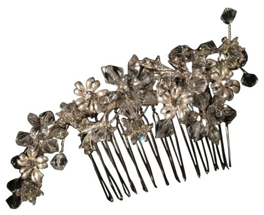 Preload https://item5.tradesy.com/images/other-other-hair-accessories-4977274-0-5.jpg?width=440&height=440