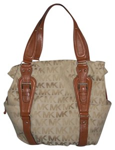 Michael Kors Tote in Khaki / Brown