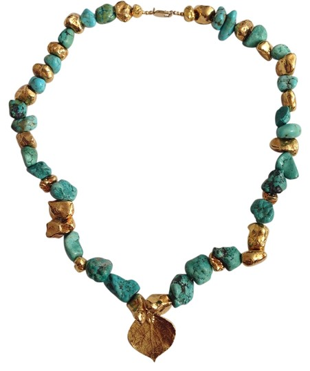 Preload https://item4.tradesy.com/images/gold-turquoise-14k-clasp-necklace-4982698-0-0.jpg?width=440&height=440