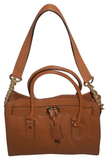 Preload https://item3.tradesy.com/images/michael-kors-medium-hamilton-e-brown-luggage-leather-satchel-4986442-0-5.jpg?width=440&height=440