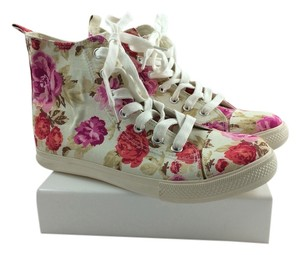JustFab Petunia Flowers Floral and ivory Athletic