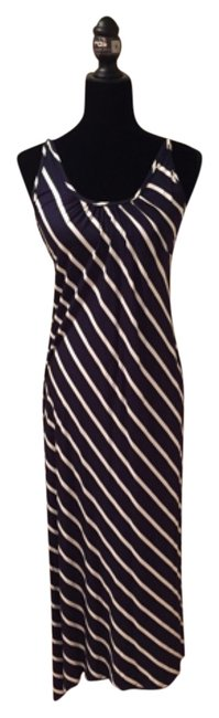 Preload https://item3.tradesy.com/images/olivaceous-navy-with-white-strips-long-casual-maxi-dress-size-4-s-4989727-0-0.jpg?width=400&height=650