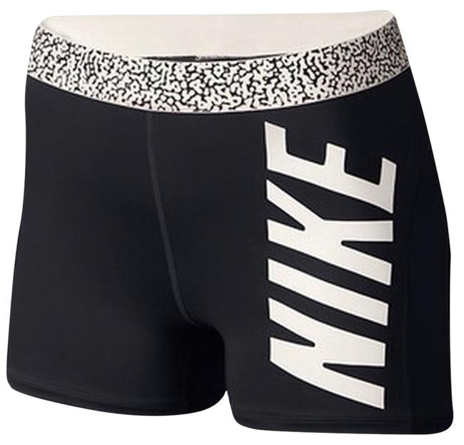 Preload https://item4.tradesy.com/images/nike-activewear-size-12-l-32-33-4991473-0-0.jpg?width=400&height=650
