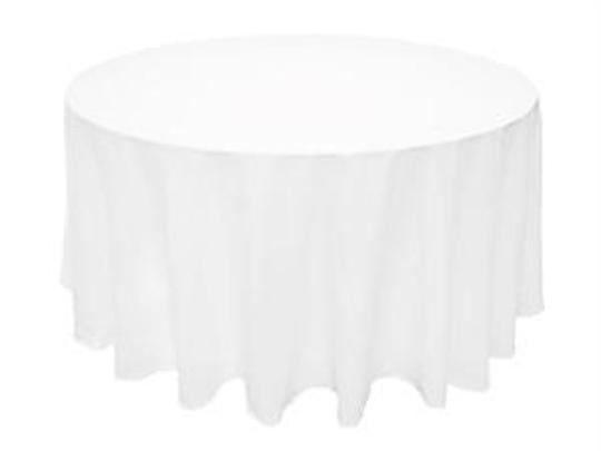 Preload https://item2.tradesy.com/images/white-7-90-round-tablecloth-49956-0-0.jpg?width=440&height=440