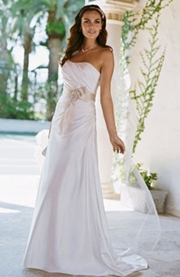 Preload https://item2.tradesy.com/images/david-s-bridal-ivory-other-wg3026-traditional-wedding-dress-size-8-m-50056-0-0.jpg?width=440&height=440