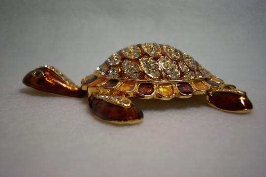Other Austrian Crystal Large Electroplated Enameled Turtle Brooch Pin