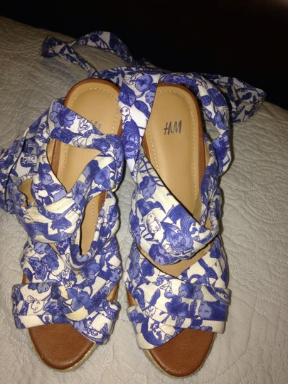 H&M Blue/white Wedges