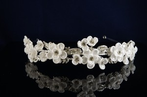 White/Rhodium Plate Fabric Flower Headband Hair Accessory
