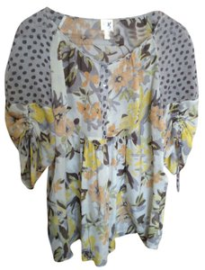 Edme & Esyllte Top Light Gray with yellow, peach, and olive green