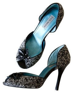 Steve Madden Tweed Flower Leather Black, White Pumps