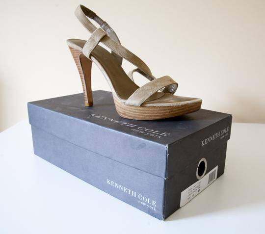 Kenneth Cole Suede Stacked Nude, Natural, Tan Sandals
