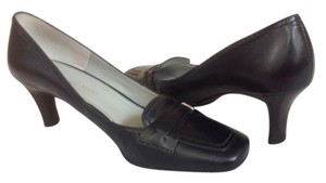 Etienne Aigner Black Leather Pumps