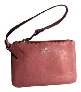 Coach Wristlet in SV Pink