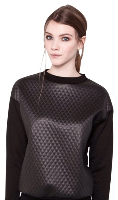 Preload https://item3.tradesy.com/images/pull-and-bear-blac-glossy-quilted-sweatshirt-sweaterpullover-size-4-s-5031862-0-0.jpg?width=400&height=650