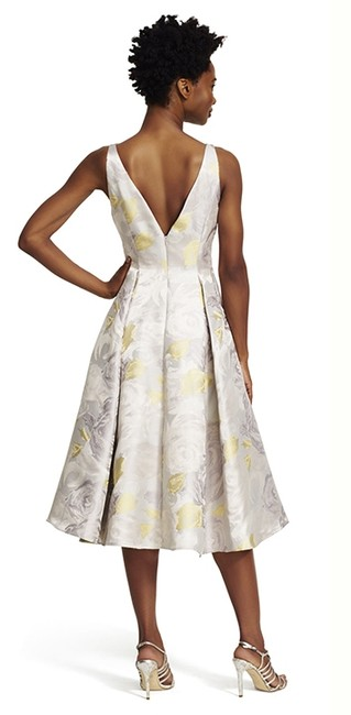 Adrianna Papell Silver Sleeveless Floral Knee Length Cocktail Dress