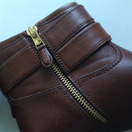 Coach chestnut brown Boots