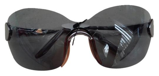 Preload https://item3.tradesy.com/images/true-vintage-dead-stock-vintage-grey-smoked-tinted-rimless-shields-sport-minty-5038852-0-0.jpg?width=440&height=440