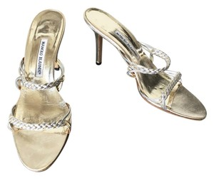 Manolo Blahnik Metallic Date Night Night Out Sandals