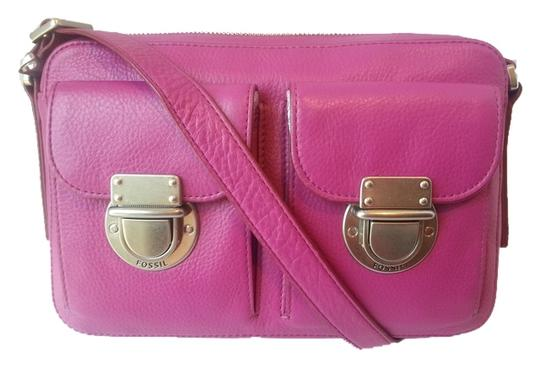 Preload https://item3.tradesy.com/images/fossil-riley-zip-top-fucshia-leather-cross-body-bag-5058802-0-0.jpg?width=440&height=440
