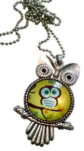 New Owl Pendant Necklace Silver Green Large J1114