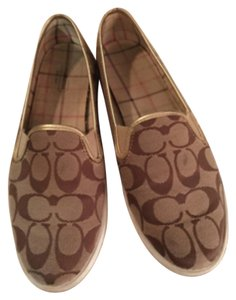 Coach Brown logo Flats