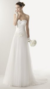 Rosa Clar Cisne Wedding Dress
