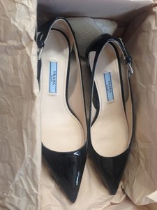 Prada Pump Size5 Patent Leather Black Pumps