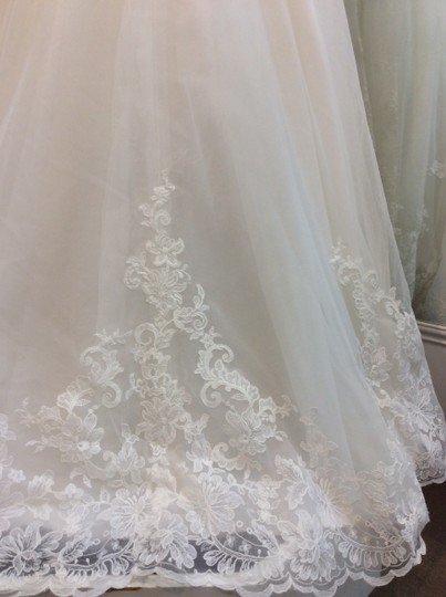 Mori Lee Ivory Lace Satin Tulle 5305 Traditional Wedding Dress Size 22 (Plus 2x)