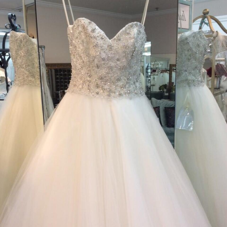 Mori Lee Ivory Tulle 1952 Traditional Wedding Dress Size 8 M