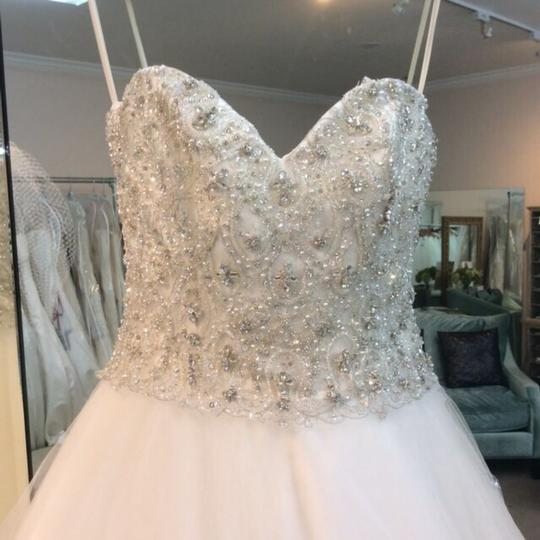 Mori Lee Ivory Tulle 1952 Traditional Wedding Dress Size 8 (M)
