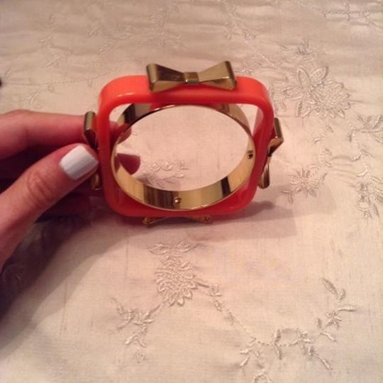 Ted Baker Ted Baker Charry Bow Acrylic Bangle