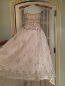 KENNETH POOL Kenneth Pool Ball Gown Wedding Dress