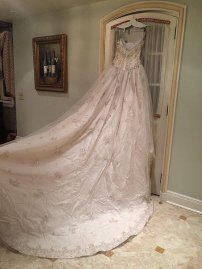 KENNETH POOL Blush Satin with Tulle Overlay Ball Gown Traditional Wedding Dress Size 8 (M)