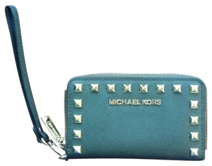 Michael Kors Wristlet in Hunter Green