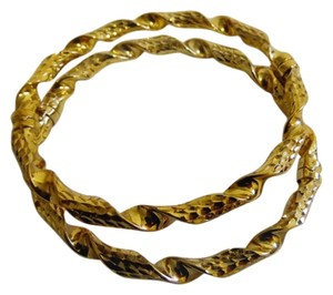 Technibond RARE Technibond Twisted Hinged Bangle Set