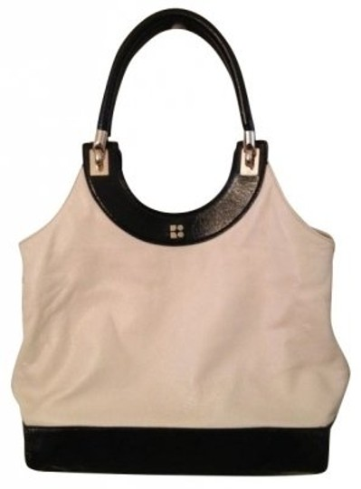 Preload https://item5.tradesy.com/images/kate-spade-off-white-with-black-white-leather-and-patent-leather-trim-satchel-5064-0-0.jpg?width=440&height=440