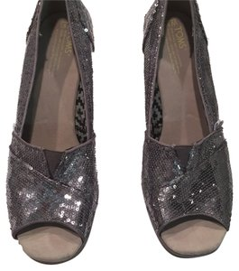 eab47bcc48de TOMS Silver Sequin Wedges Size US 9.5 Regular (M