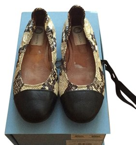 Lanvin Black and beige Flats