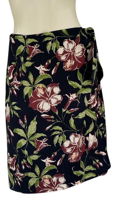Preload https://item5.tradesy.com/images/tommy-bahama-wrap-tropical-silk-floral-skirt-black-5065849-0-0.jpg?width=400&height=650