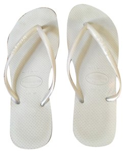Havaianas Pearl white Sandals