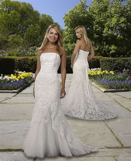 Forever Yours International Ivory Lace Wedding Dress Size Other