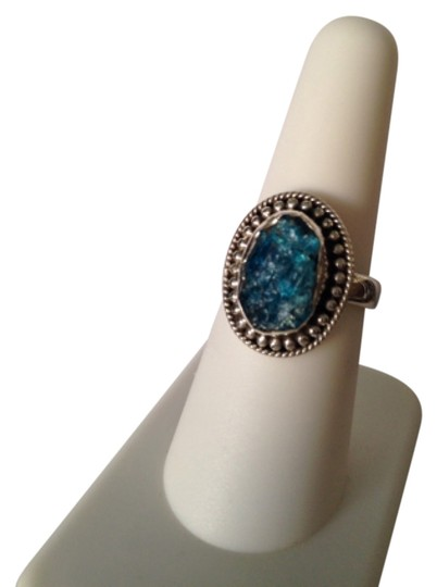 Preload https://img-static.tradesy.com/item/5072029/bluesilver-embellished-by-leecia-neon-apatite-only-matching-pieces-sold-seperately-ring-0-0-540-540.jpg