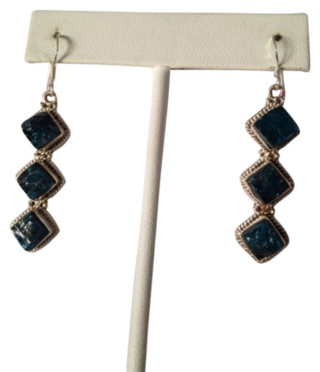 Preload https://img-static.tradesy.com/item/5072338/bluesilver-embellished-by-leecia-neon-apatite-only-matching-pieces-sold-seperately-earrings-0-0-540-540.jpg