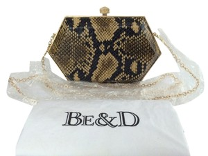 Be&D Kumamoto Mother's Day Bridal Brunette Snake/ Brown Clutch