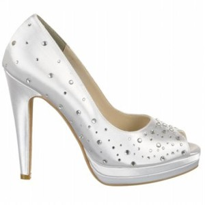 Touch Ups Touch Ups Cyndi White Bridal Shoes With Gems Wedding Shoes