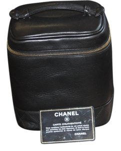 Chanel Cosmetic Case Quilted Lambskin Black Black Lambskin Clutch